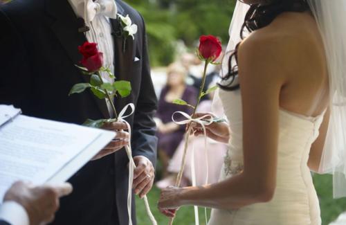 Je ne suis pas croyante… Alors pourquoi ne pas faire une cérémonie Laïque ?