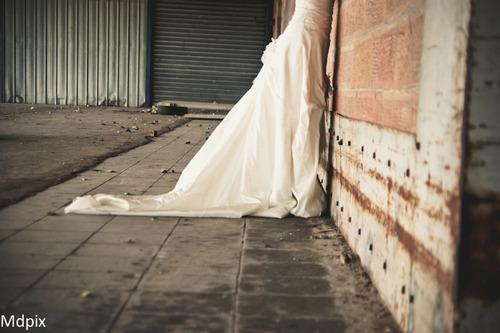 Bridal Project : A la gare.