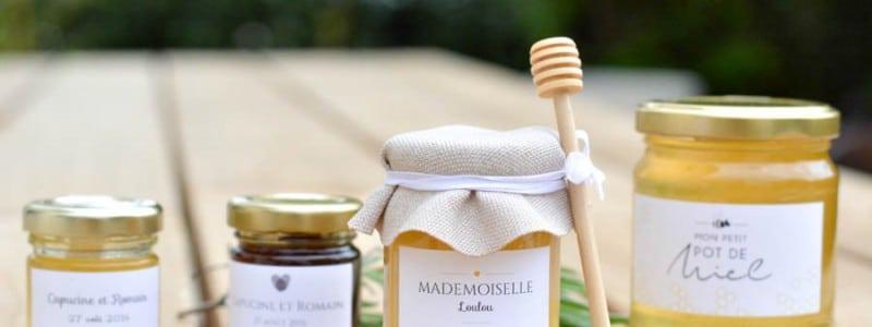 Cadeau pour les invités : les petits pots de miel