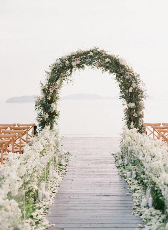 arche mariage fleurs cérémonie laïque