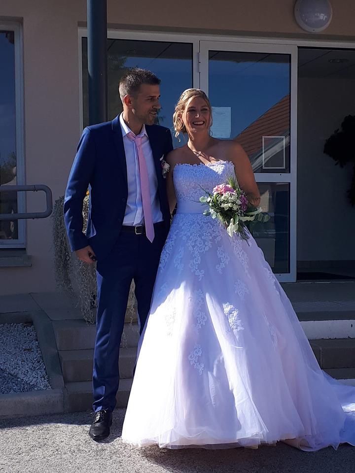 robe de mariée princesse rose tulle dentelle bustier